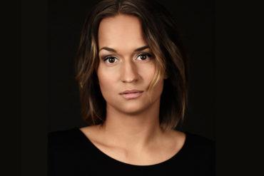 Bianca Kronlöf, foto Andreas von Gegerfelt