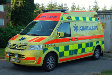 ambulans, foto Wikimedia Commons