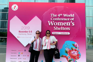 Roks på internationell kvinnokonferens. Foto Ghita Huldén