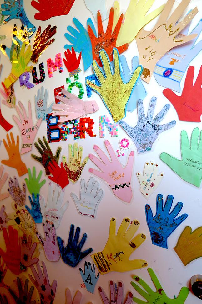 Barnens händer, foto Marja Beckman