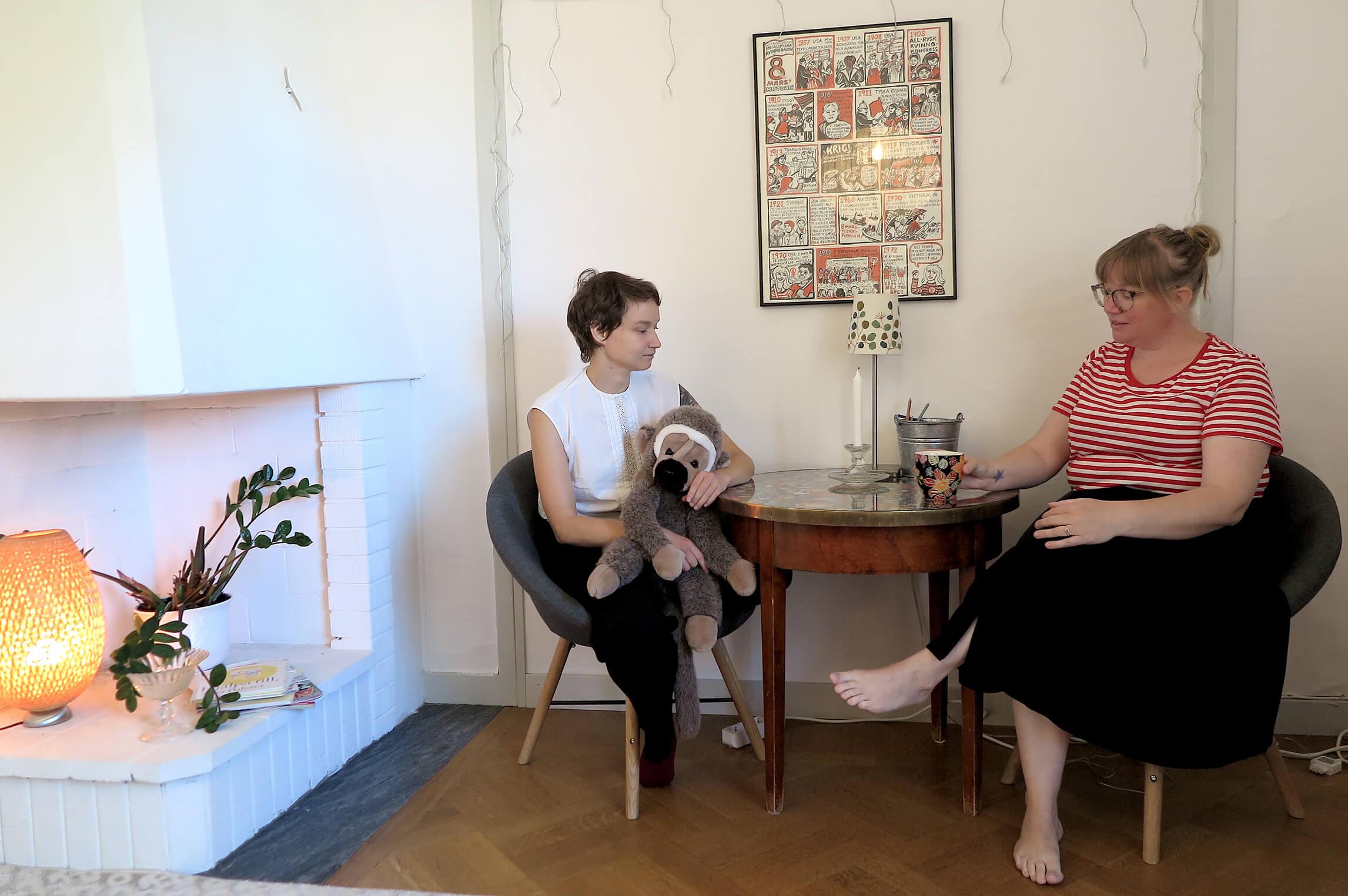 Emma och Linda, foto Marja Beckman